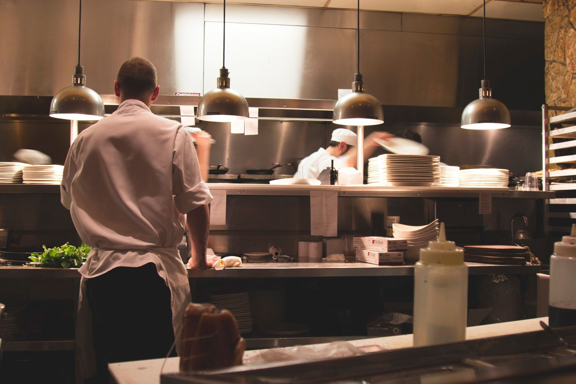 20 Restaurant Skills You'll Quickly Learn on the Job (Updated)