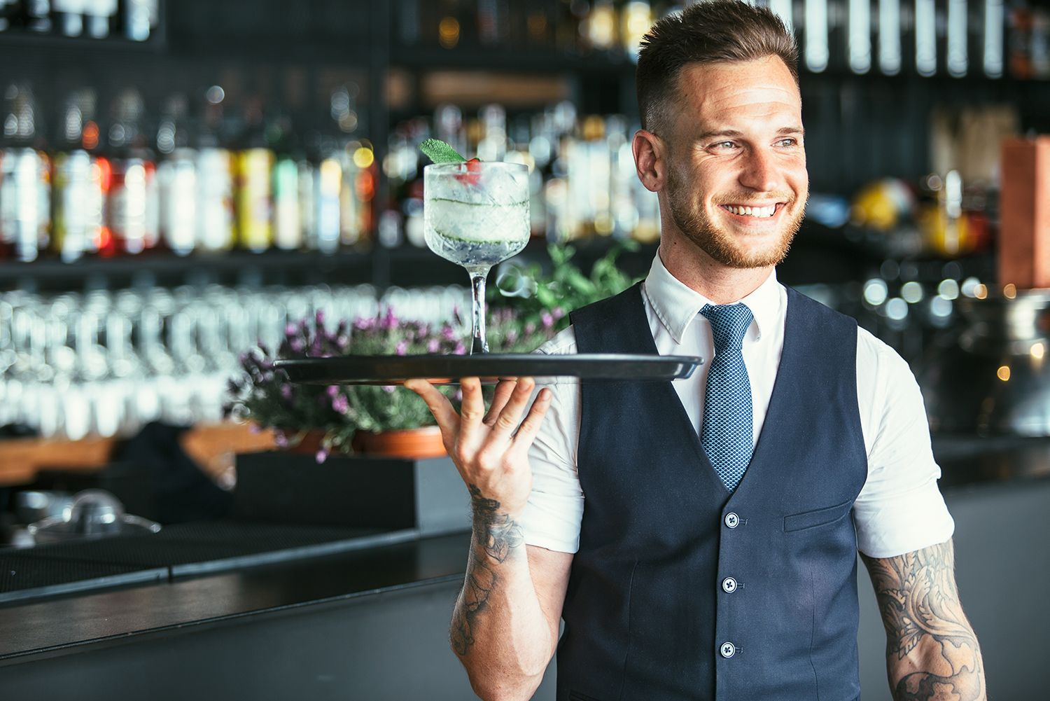 How to Get a Job at A Restaurant (and Make Great Tips)