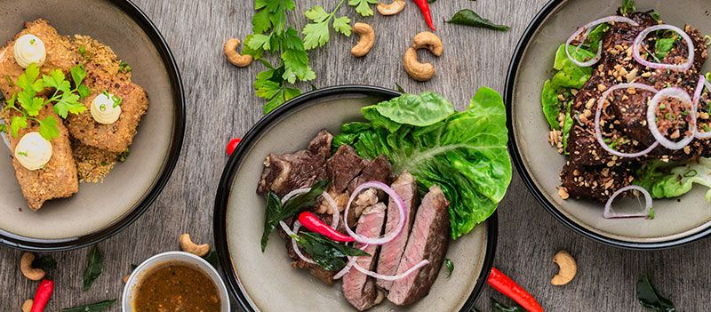 foh restaurant steak on a plate