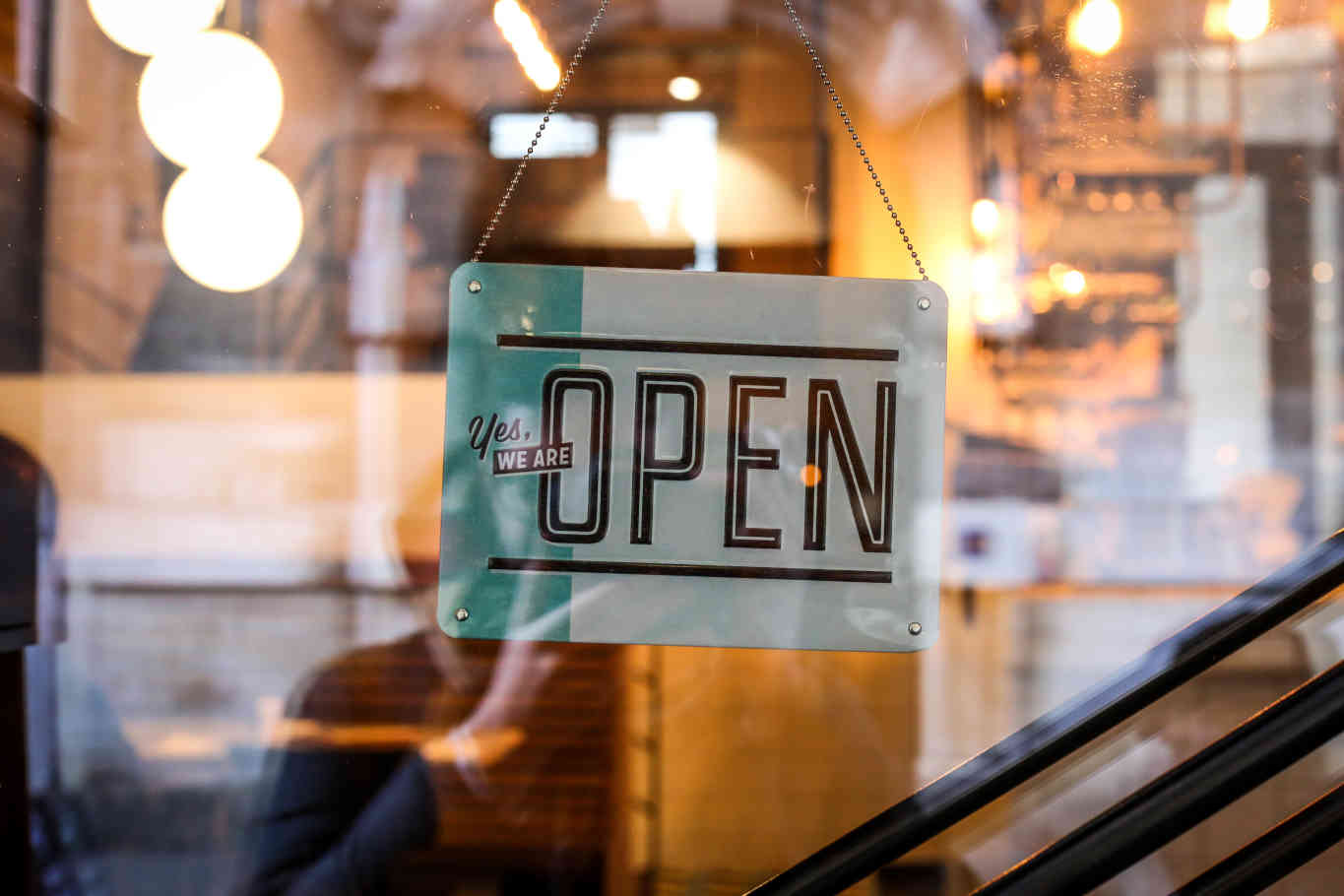 7 Ways to Make Your Restaurant Opening a Grand Success