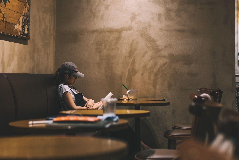 7 Restaurant Management Book Recommendations