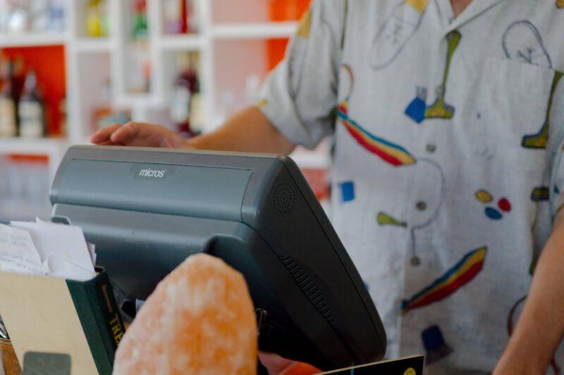 Ultimate Restaurant Payroll Guide 2021